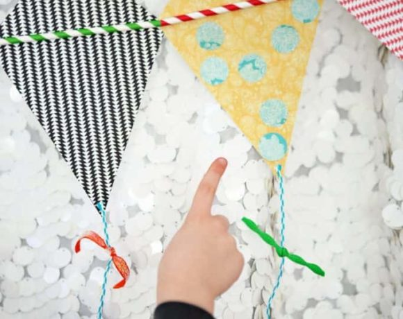 This darling spring kite bunting is easy to make! in partnership with @Joannstores