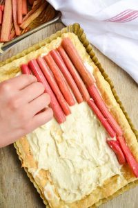 easy Rhubarb tart made from puff pastry and marscapone cheese. Delicious!