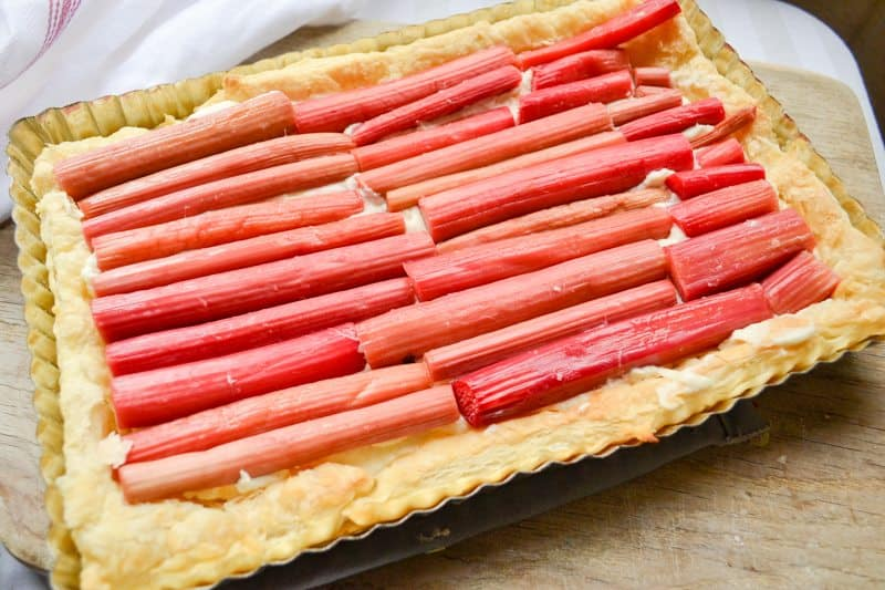 easy rhubarb puff pastry tart . An easy summer dessert recipe!