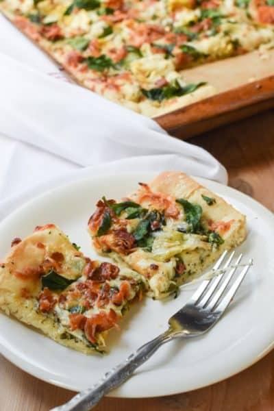 Garlic White Pizza Sauce.