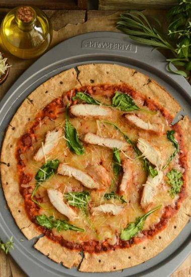 chicken arugula pizza. A fast family meal!