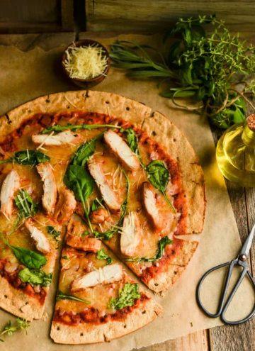 Chicken Arugula pizza