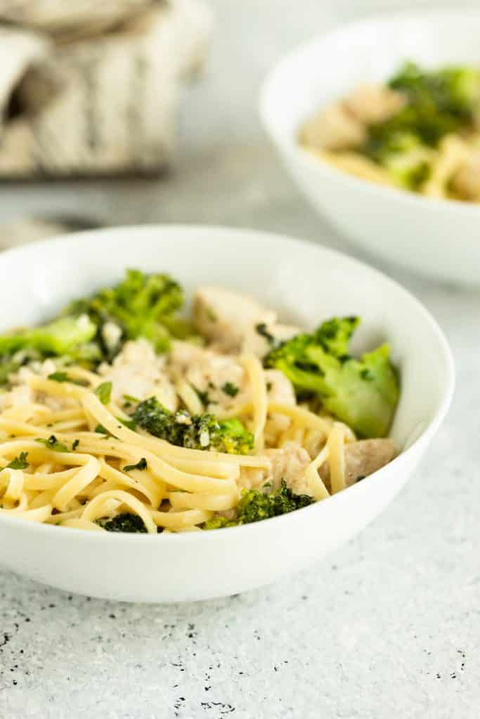 easy Broccoli and Chicken Alfredo