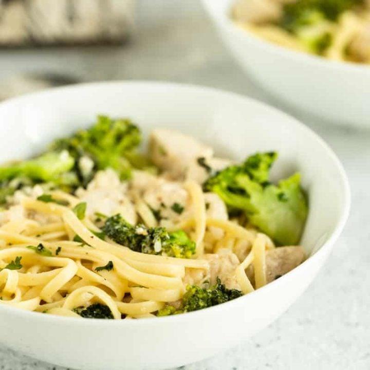 easy Broccoli and Chicken Alfredo