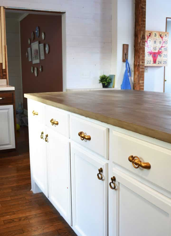 my Do It Yourself Kitchen Island with concrete countertops