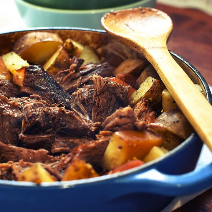 Beef oven pot roast with red wine
