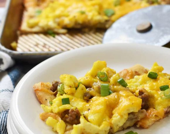 crescent roll breakfast pizza