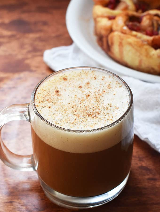 cinnamon roll coffee latte. Easy to make at home without an espresso machine