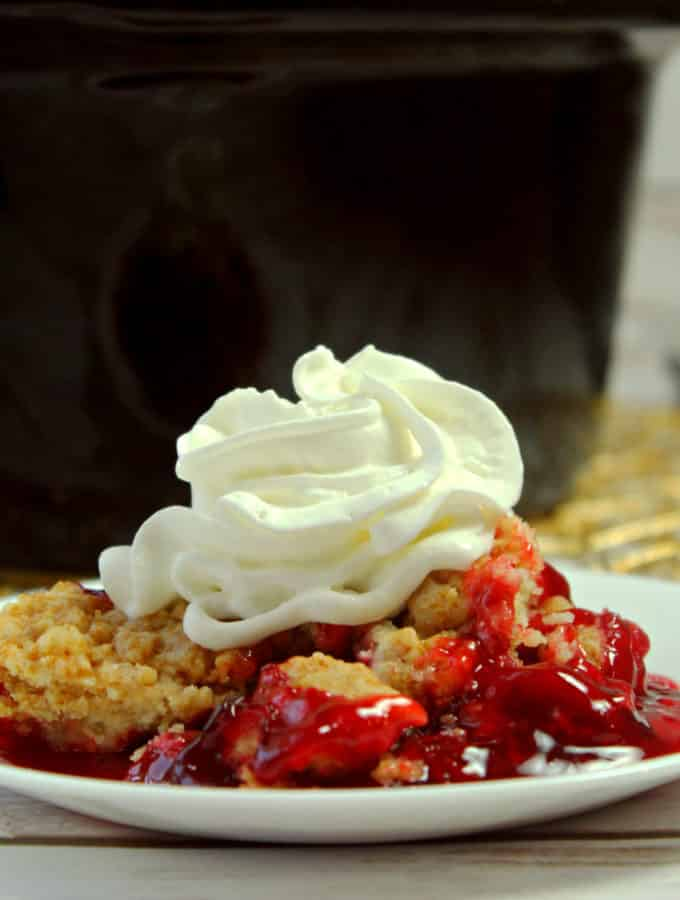 easy 3 ingredient strawberry dump cake