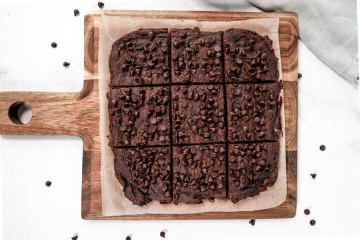 A pan full of vegan pumpkin chocolate brownies