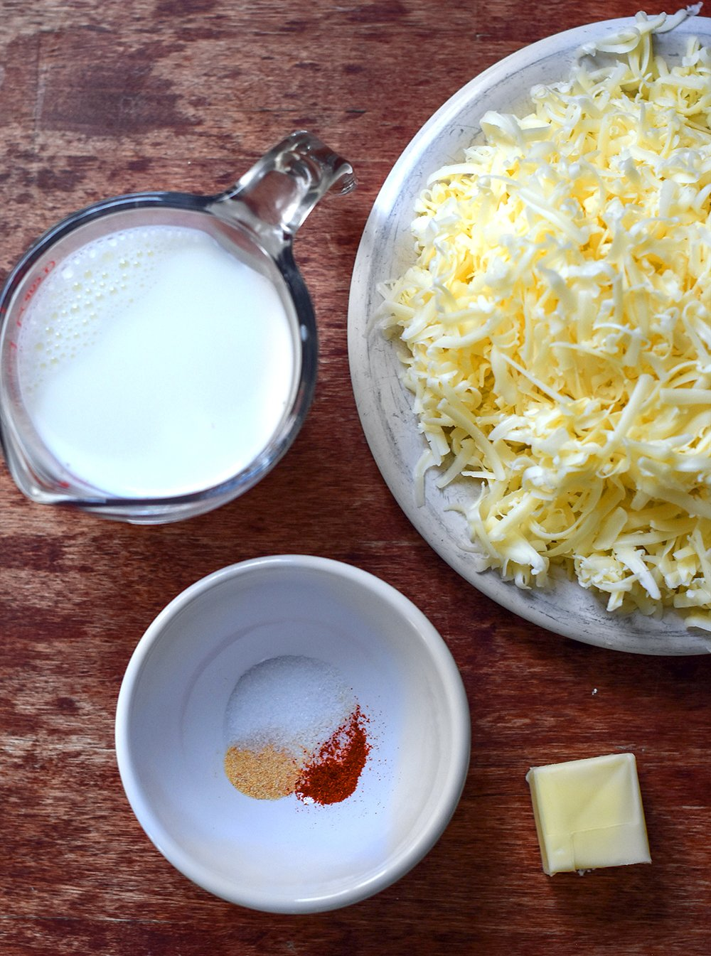 ingredients for cauliflower macaroni and cheese