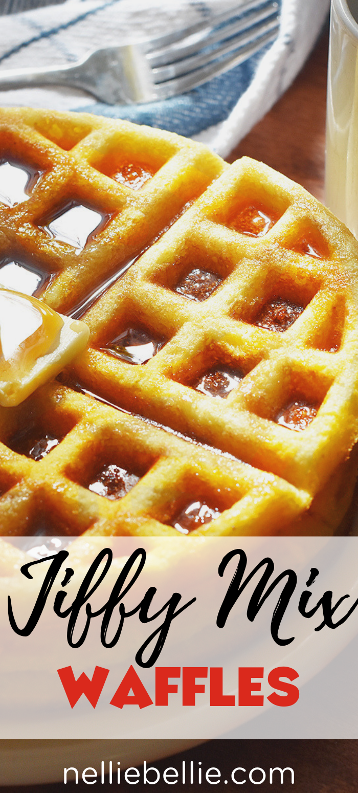 These cornbread waffles are crazy easy to make using Jiffy cornbread mix! A great family weekend breakfast idea. #waffles #cornbread #jiffy