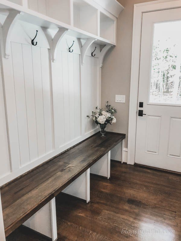 Awe Inspiring Mudroom Entry One Room Challenge Nelliebellie Caraccident5 Cool Chair Designs And Ideas Caraccident5Info