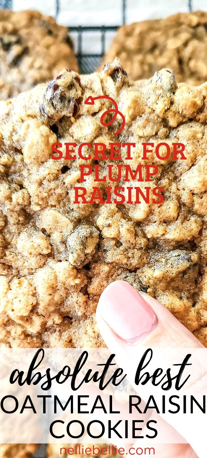 the BEST soft and chewy oatmeal raisin cookies from scratch. Just like Grandma used to make! #cookies #oatmeal #raisin #best