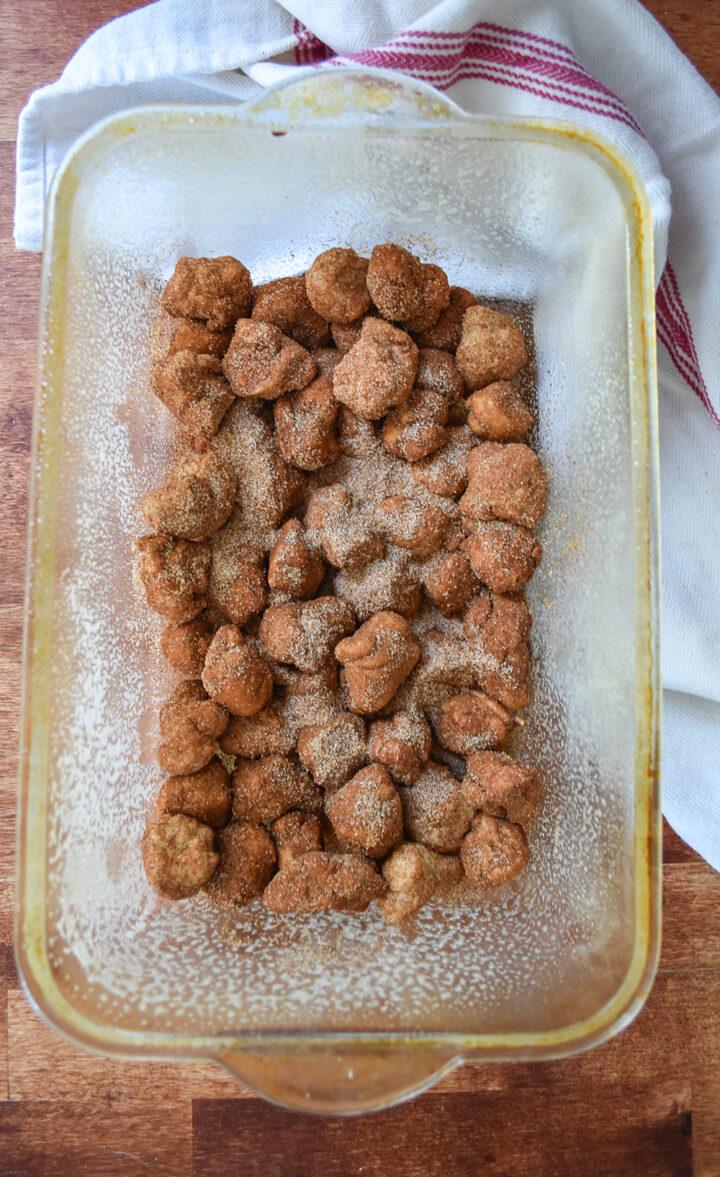 Monkey bread cinnamon & sugar