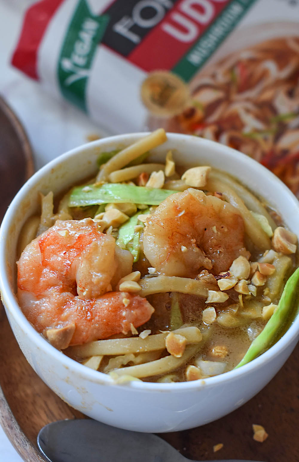 simple udon soup with shrimp
